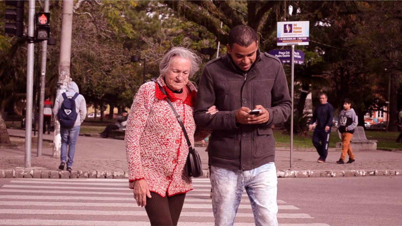 """Fractures, escletxes i esquerdes: existeix la """"digital divide""""?"""