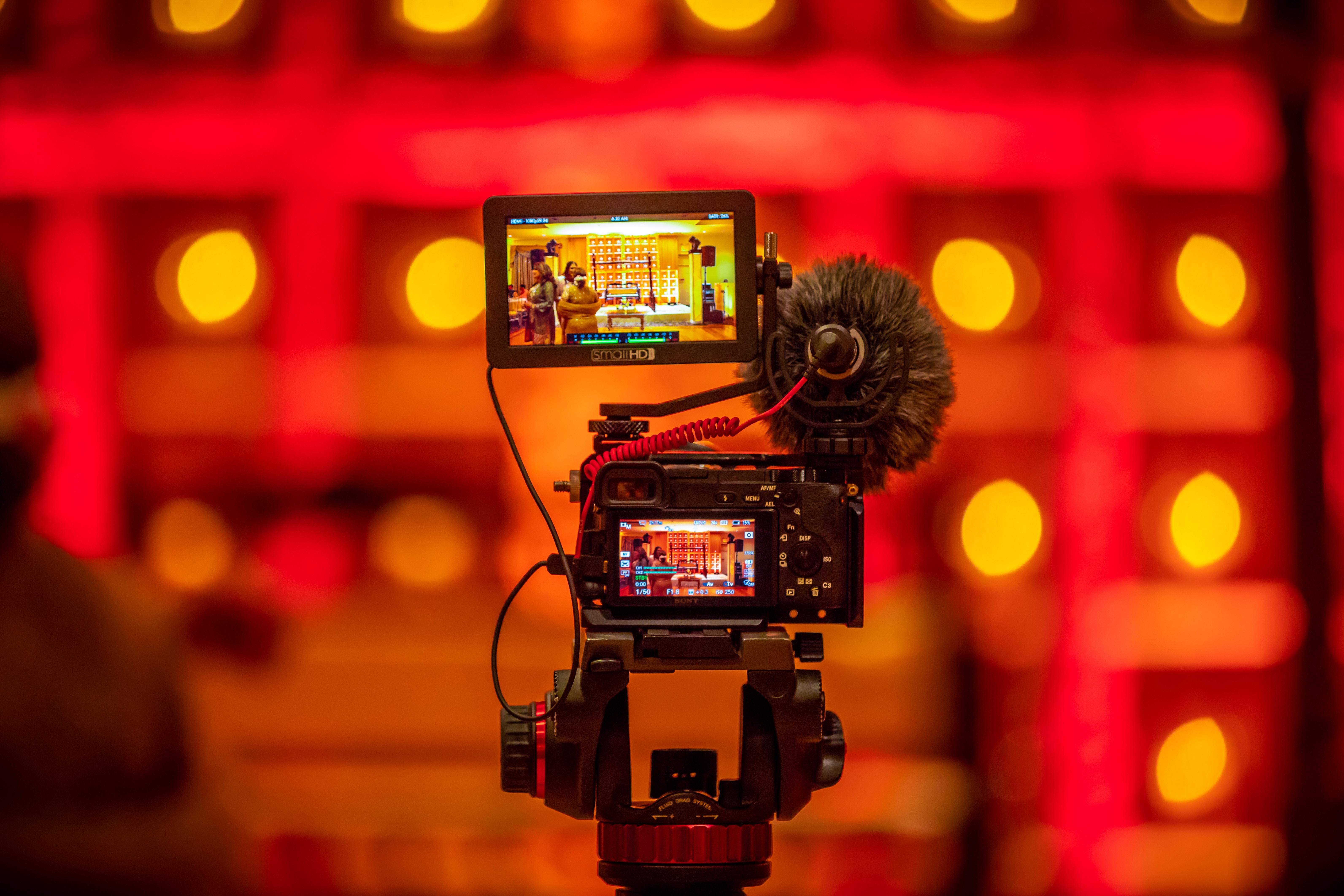 Formació i sensibilització amb vídeos immersius